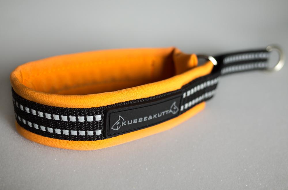 oranssi, puolikuristava, 3,5cm leveä, 2cm nauha