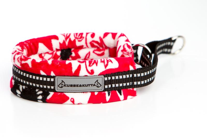 punainen kukkaketo, puolikuristava pehmokarva, 5cm leveä, 2cm musta nauha